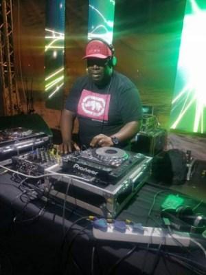 DJ Scott - Festive Scottification